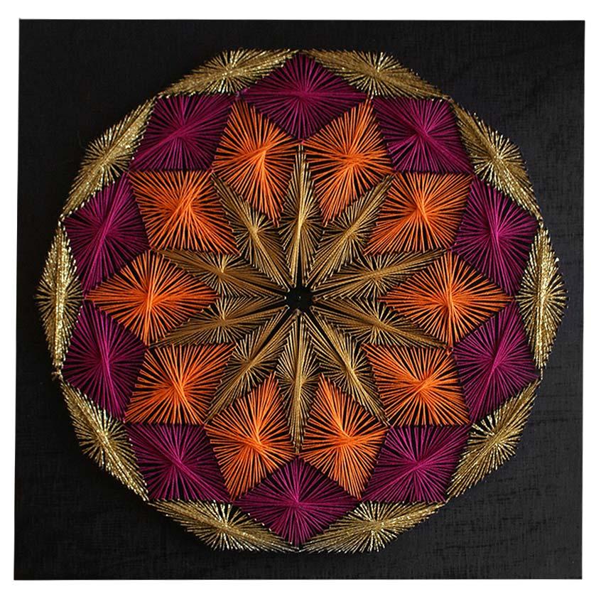 Χειροποίητος πίνακας με κλωστές με γεωμετρικά σχέδια