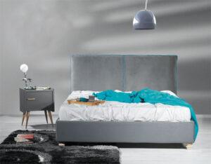 Κρεβάτι ντυμένο με βελουτέ ύφασμα